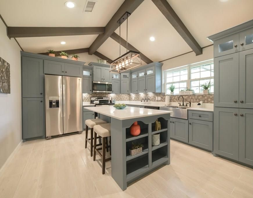 modern farmhouse kitchen materials selection service diva by design harlingen interior designer 78550 treasure hills