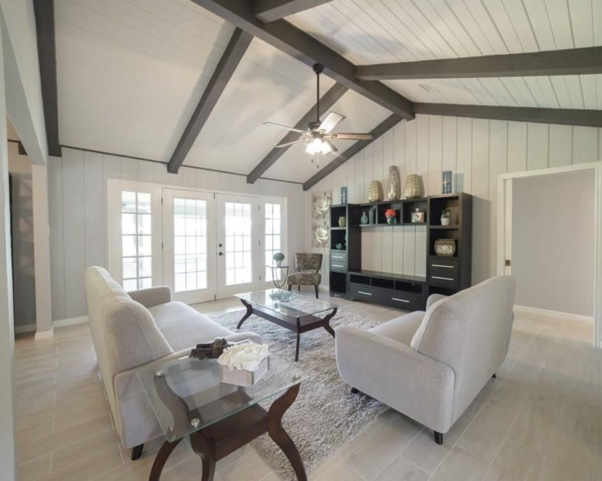 modern farmhouse living area materials selection service diva by design harlingen interior designer 78550 treasure hills