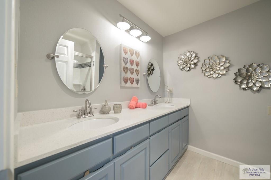 modern farmhouse master bathroom materials selection service diva by design harlingen interior designer 78550 treasure hills